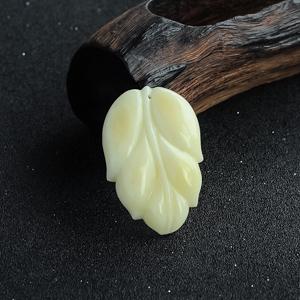 白花蜜叶子吊坠