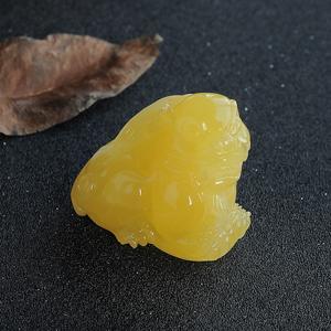 雞油黃蜜蠟貔貅掛件