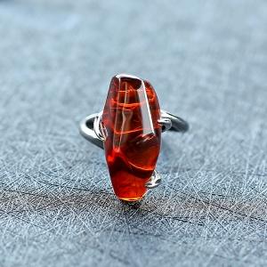 9K金鑲血珀戒指