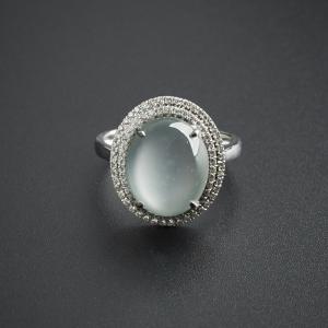 翡翠玻璃種蛋面戒指