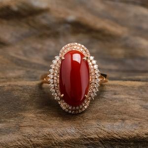 18K镶钻阿卡珊瑚戒指