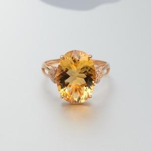 18K金镶钻千禧切工黄水晶戒指