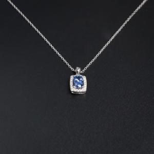 18K金镶钻蓝宝石项链