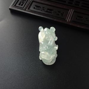 冰種淺綠翡翠貔貅吊墜