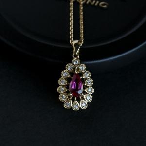 18K白金镶钻红宝石项链