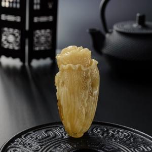 黄白蜜白菜吊坠