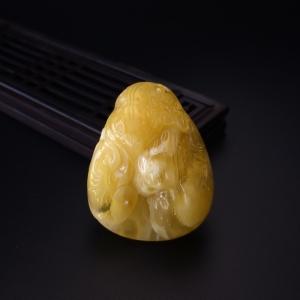 黄白蜜蜜蜡花生吊坠