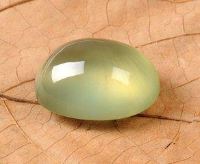 葡萄石—— 令人怦然心动的绿