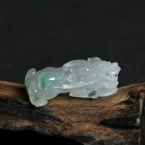 冰糯种飘花翡翠貔貅吊坠