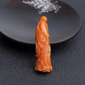MOMO橘红珊瑚白菜吊坠
