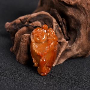 豆种红翡翡翠弥勒佛吊坠