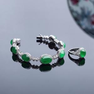 18K镶冰种阳绿翡翠戒指/手链两件套