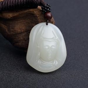 新疆和田青白玉籽料观音吊坠