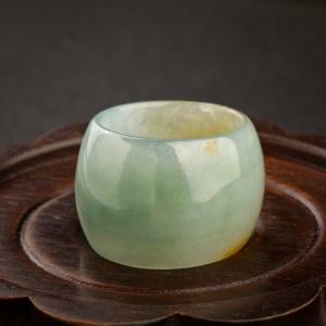 糯冰種俏色翡翠指環