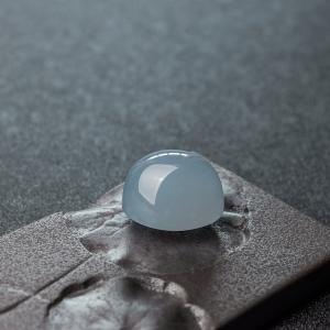 糯冰种蓝水翡翠蛋面戒面