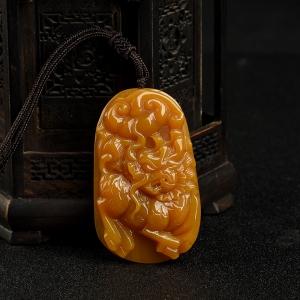 山料橙黄黄龙玉麒麟吊坠