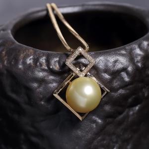 18k金镶钻金色珍珠项链