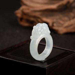 糯冰种翡翠貔貅戒指