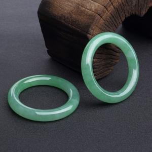 58mm糯種陽綠翡翠圓鐲(兩件)
