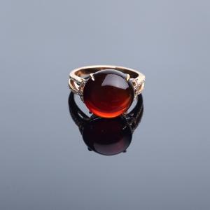 18K金鑲鉆血珀戒指