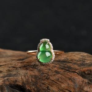 18k糯冰种飘翠翡翠葫芦戒指