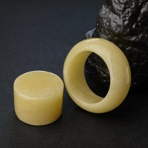 58mm柠檬黄蜜蜡平安镯