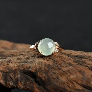 18k糯冰种浅绿翡翠戒指
