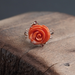 18K金鑲鉆MOMO橘色珊瑚玫瑰花戒指