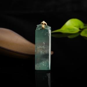18k高冰种浅绿翡翠花开见佛吊坠