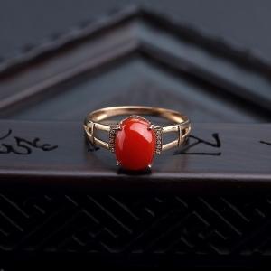18K金镶钻阿卡朱红珊瑚戒指