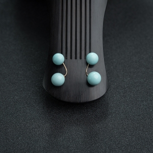 18K金镶高瓷铁线蓝绿松石耳钉