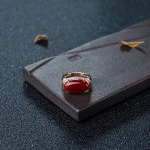 18K金鑲鉆阿卡正紅珊瑚戒指