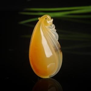 山料鸡油黄黄龙玉福瓜吊坠