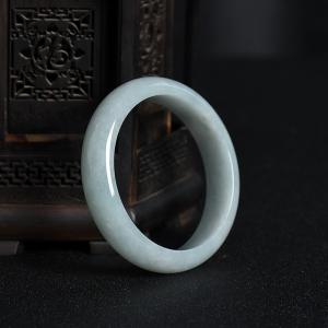 57.5mm糯種翡翠手鐲