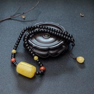 鸡油黄蜜蜡桶珠项链