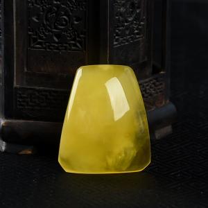 雞油黃金絞蜜無事牌吊墜