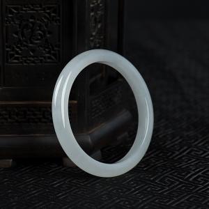 58mm糯冰種翡翠手鐲