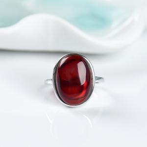銀鑲凈水血珀隨形戒指
