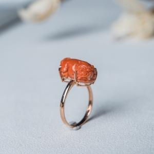 18K金鑲MOMO珊瑚貔貅戒指