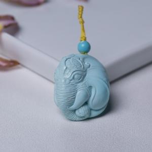 高瓷浅蓝绿松石象神吊坠