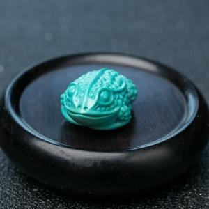 高瓷蓝绿松石金蟾吊坠