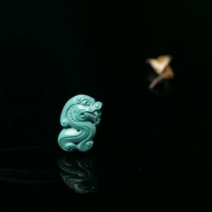 中高瓷蓝绿绿松石貔貅吊坠