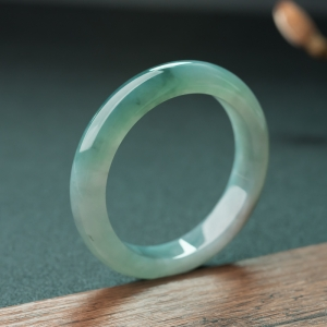 52.3mm油青種灰綠翡翠手鐲