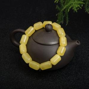 鸡油黄蜜蜡桶珠单圈手串