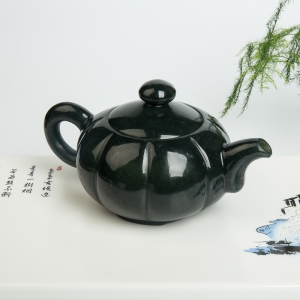 山料和田青玉茶壶摆件