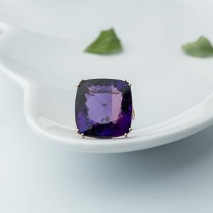 18K金镶钻紫水晶戒指