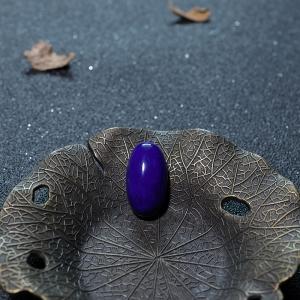 深蓝色青金石蛋面形戒面