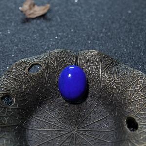 天蓝色青金石蛋面形戒面