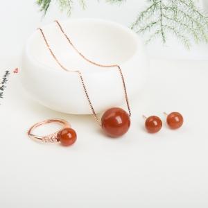 银镶樱桃红南红套装