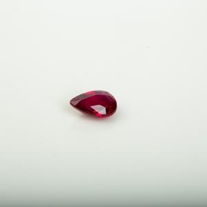 红宝石刻面水滴戒面